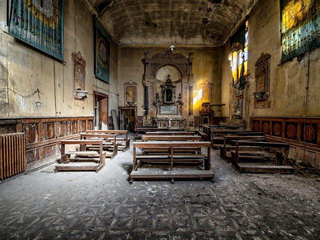 egyházi épület
