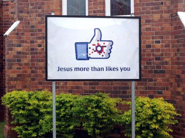 vicces egyházi táblák